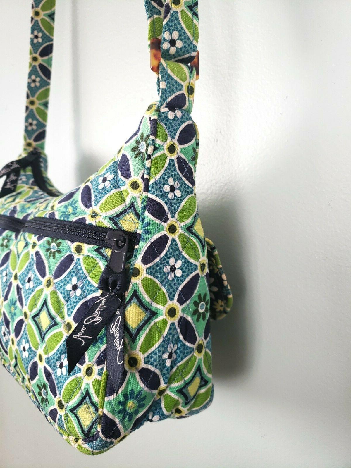 Vera Blue & Green Daisy' Bag and Shoulder -
