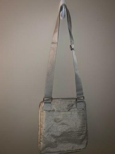BAGGALLINI Metallic Zipper Crossbody Messenger Bag Stunning 😎