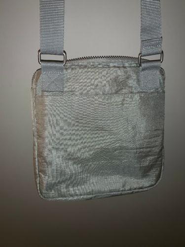 BAGGALLINI Metallic Casual Zipper Bag Stunning 😎