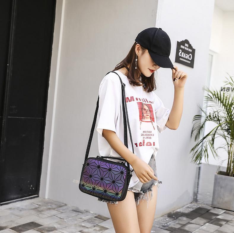 Women Medium Size Shoudler Casual Bags
