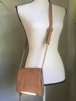 NEW Small Beige Tan Crossbody Bag With Gold Hardware Unbrand