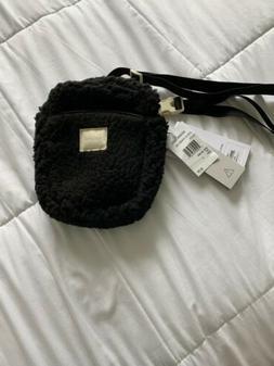Herschel Supply Co Cruz Crossbody Bag Black Fleece NWT